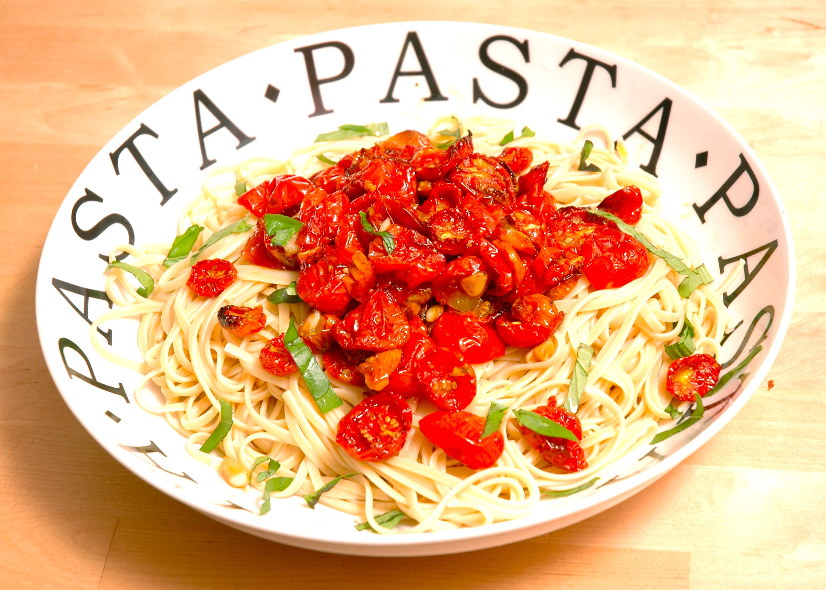 Pasta With Olive Oil And Tomatoes
