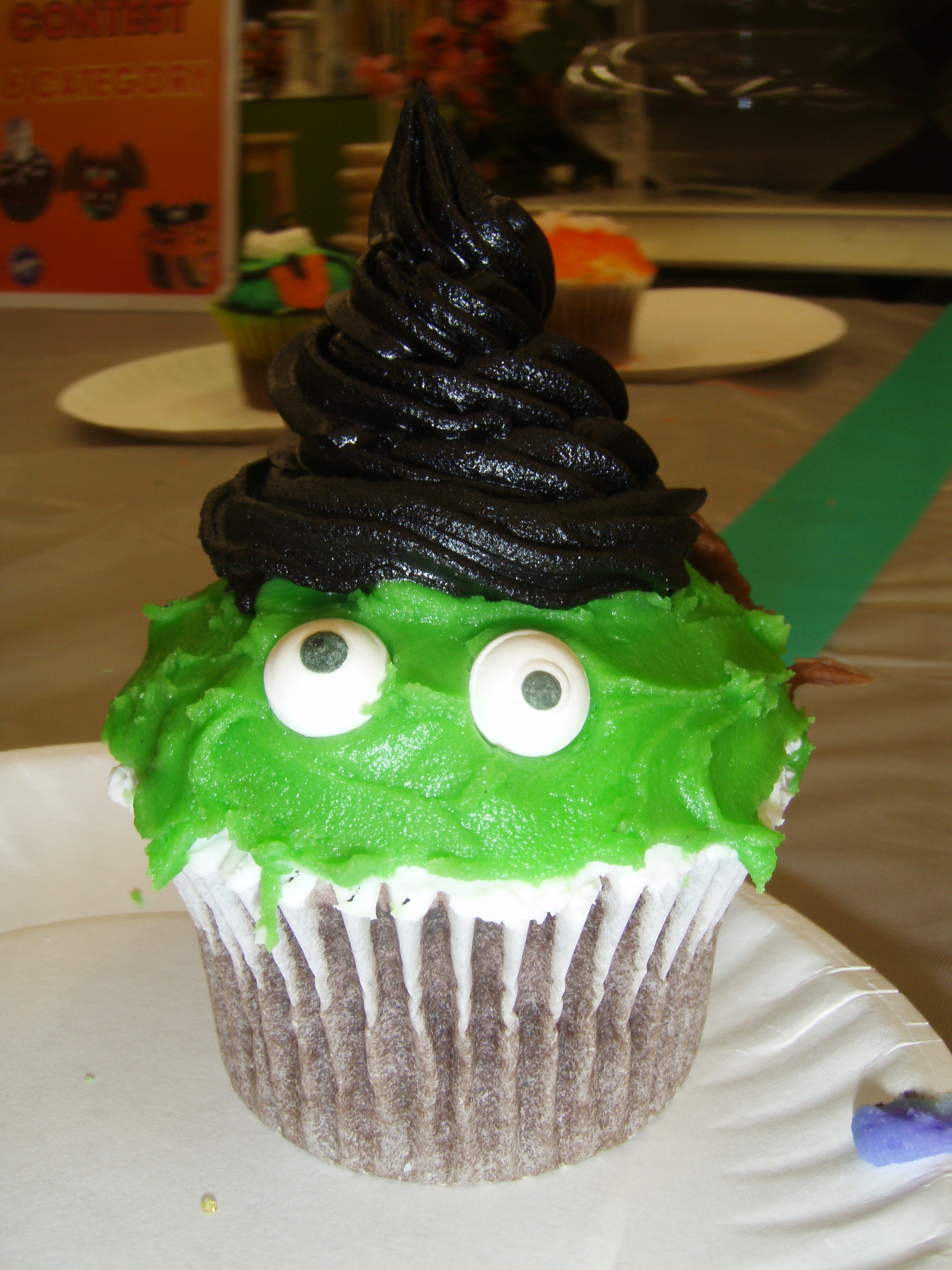 A C Moore Halloween Cupcake Decorating Teacher By Day Chef By Night